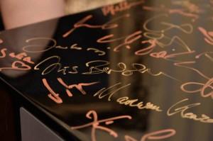 signierter System 10 Subwoofer