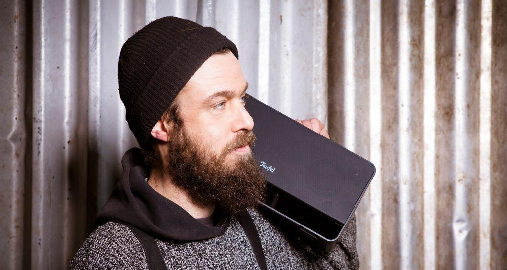 The Teufel BOOMSTER. Tragbarer Lautsprecher für das Handy