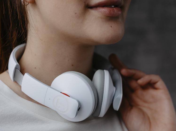 Bluetooth Kopfhörer Teufel Airy in weißer Ausführung