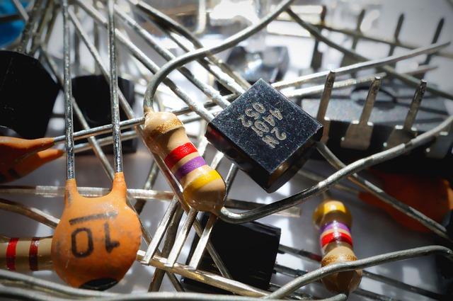 Transistoren in verschiedener Formen.