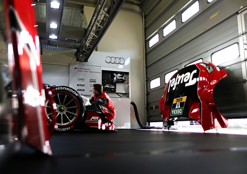 Pit Team Audi Sport Team Abt Sportsline