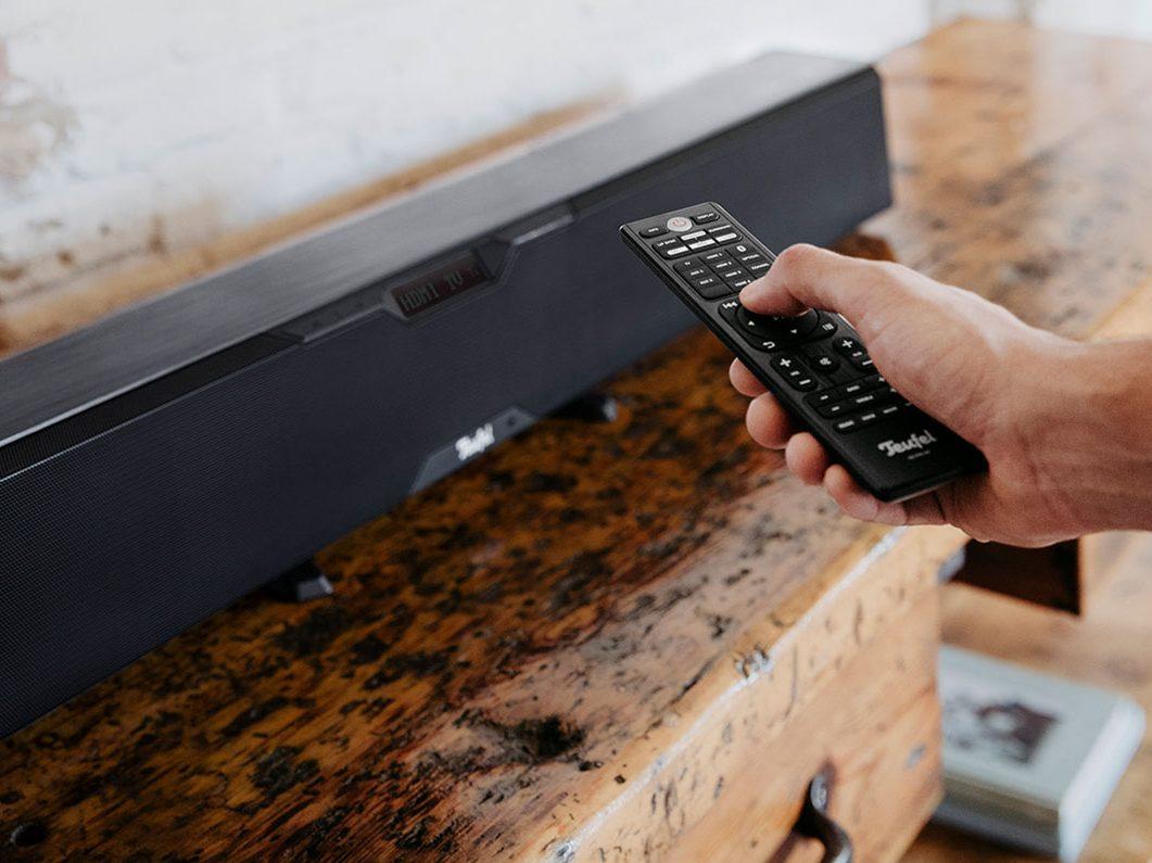 Cinebar Pro: Soundbar anschließen per HDMI