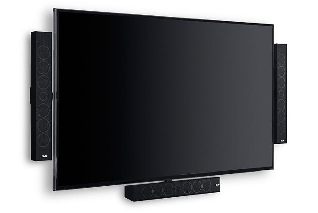 VESA-Halterung mit TV und Lautsprechern