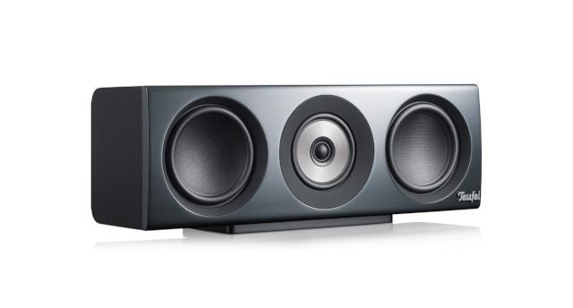 Definion 3 Center-Lautsprecher vor weißem Hintergrund.