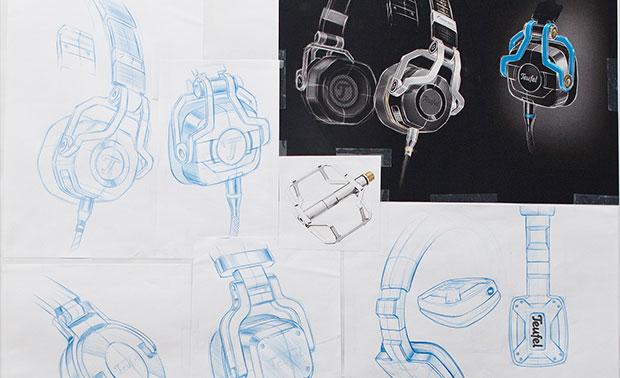 Entwürfe vom Gaming-Headset CAGE