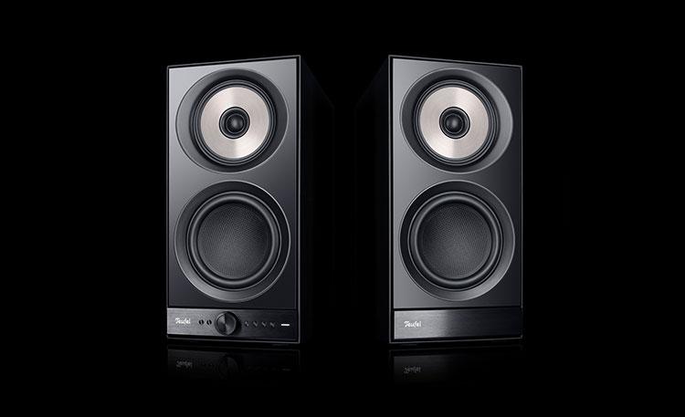 Die Stereo M sind ideal für das Streaming über Smartphone und Co. aus dem Netz.