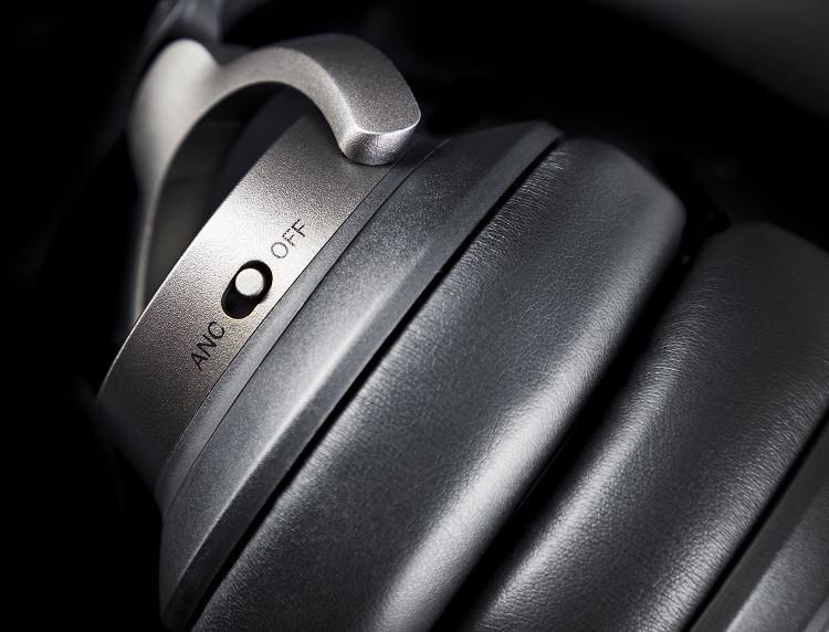 Noise-Chancelling-Kopfhörer mit Bluetoothfunktion
