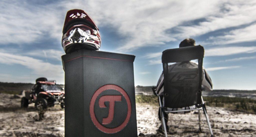 Der Teufel ROCKSTER kann als Outdoor-Lautsprecher auch im Freien aufgestellt werden.