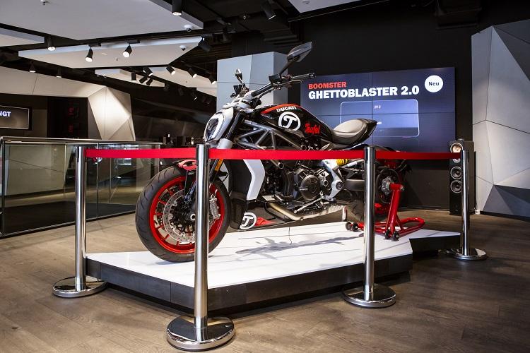 Teufel Flagshipstore Ducati XDiavel