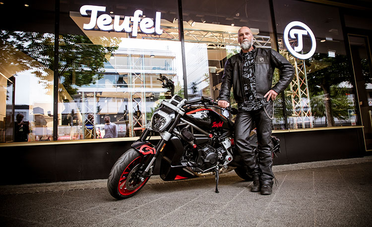 Ducati XDiavel mit Teufel Branding