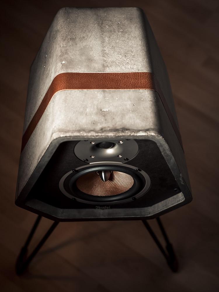 Design speaker van beton