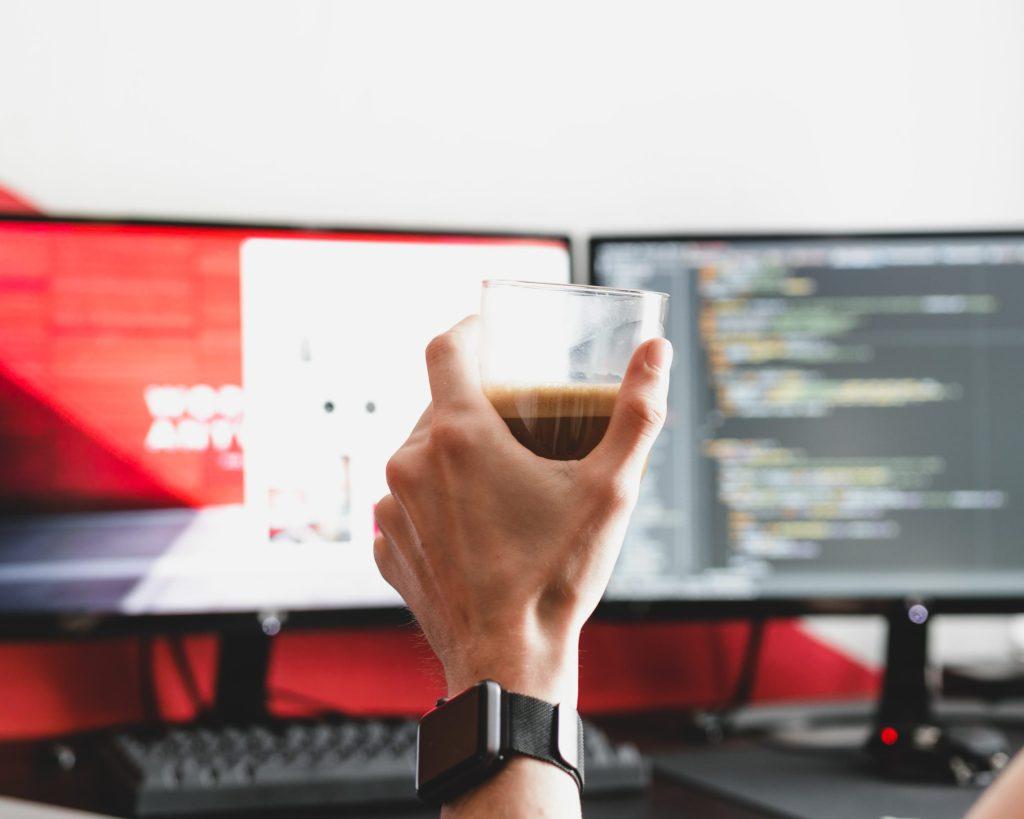 Kaffee und Gaming PC