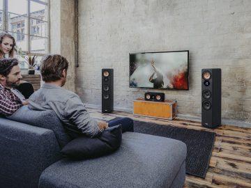 Wohnzimmer mit kabelloser Technik